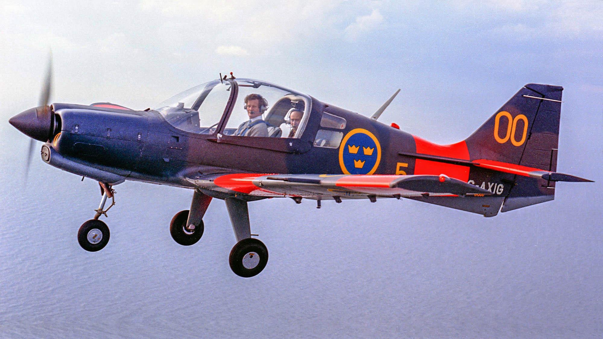 Scottish Aviation Bulldog G-AXIG